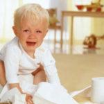 Thuốc làm mềm phân khi trẻ bị táo bón có nguy hiểm không?